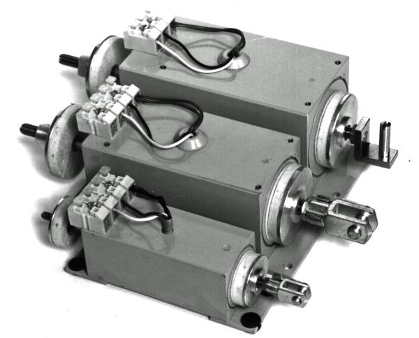 Registerzugmagnet R30 24V (Outlet)