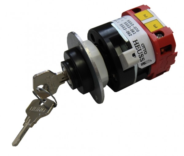 Safety key switch